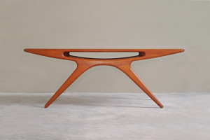 Johannes Andersen Smile Coffee Table