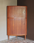 teak-corner-cabinet-skovmand-andersen-2