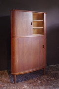 teak-corner-cabinet-skovmand-andersen-4